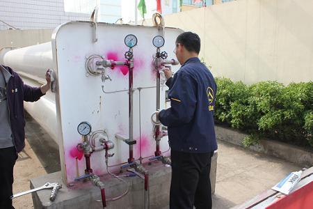 业部完成了济宁龙凯天然气投资有限公司站用储气瓶组的检验.   这是